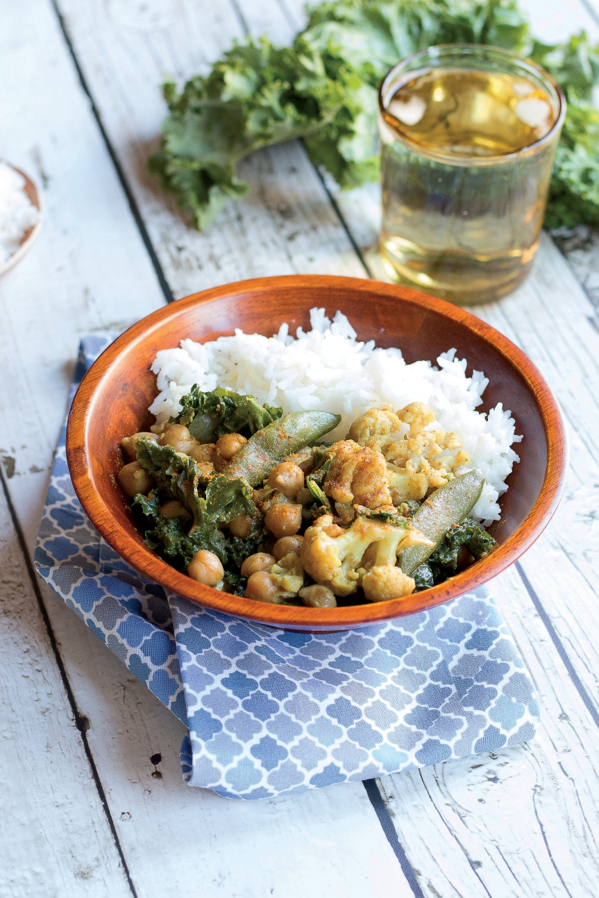 chickpea-cauliflower-coconut-curry-easy-whole-vegan